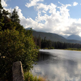Sprague Lake: Easy Hike in the Rockies